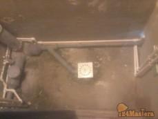 Cанузел в гостинке-гидроизоляция,прокладка водопровода,трап под душ