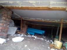 Крепление подпола и потолка пенопластом 100мм