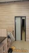 Откатная дверь приоткрыта вид изнутри