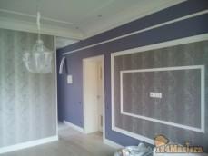спальня-покраска, обои,лепнина