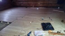Новый пол из лиственницы. Позже будет шлифовка и покрытие лаком.