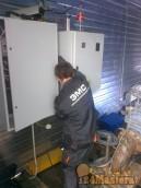 Монтаж силовых кабелей и цепей управления скважинным насосом. Насосная станция первого под...