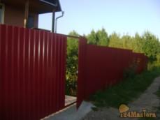 Забор на даче с воротами
