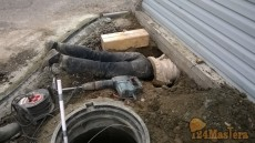 подвод труб от кессона-мойка центр