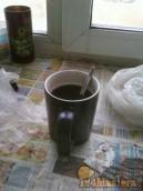 Мартынцев, изредка херачет кофей, чашек пять в день.Сколько предлагал ему перейти на бухл...