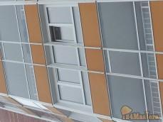 Система встроенного балкона без нарушения фасада здания с оттяжкой в помещения для устране...