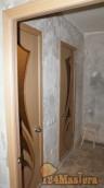 Владимирский шпон со стеклом на туалет и ванную, внизу порожек угловой алюм