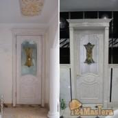 Дверь в ванную комнату снаружи и внутри