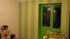 Зеленая дверь - очень веселый вид балкона