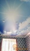 Установка натяжных потолков в детской комнате с поклейкой флизилиновых обоев и поклейкой ш...