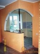 """Вот такая барная стойка с аркой между кухней и залом в """"Хрущёвке""""."""