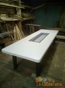 Барбекю стол большой из массива древесины.