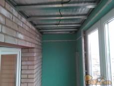 Очередное утепление балкона с отделкой под окраску.