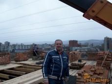 А это наш главный на строительной площадке =)