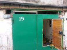 Монтаж передней части косяка ворот и рамки на одной из воротин. Рамка была сделана на 20 м...