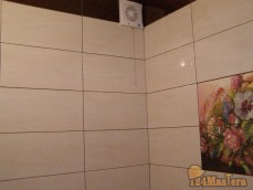 Ванная. Облицовка стен кафелем.