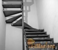 Лестница на 2_ой этаж загородного дома
